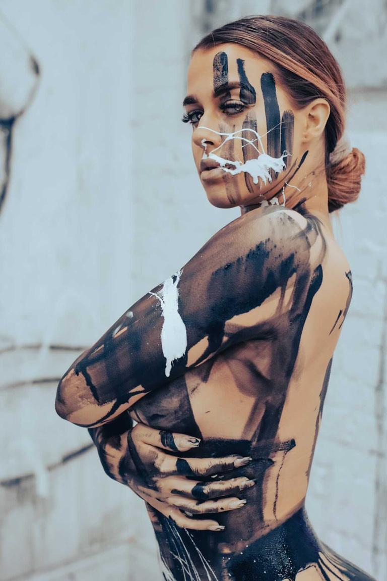 Naked-Canvas-Series-by-Melissa-La-Bozzetta